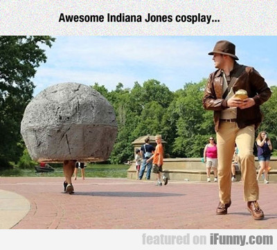Awesome Indiana Jones Cosplay...