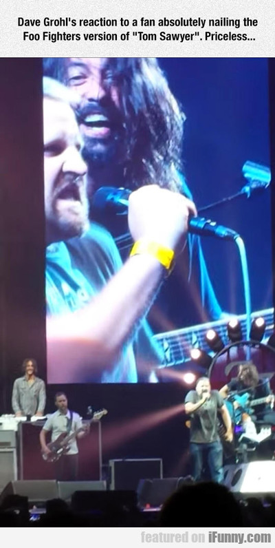 dave grohl's reaction to a fan...