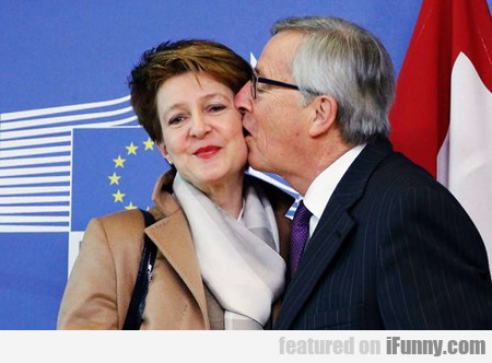 How to Greet Foreign Ministers