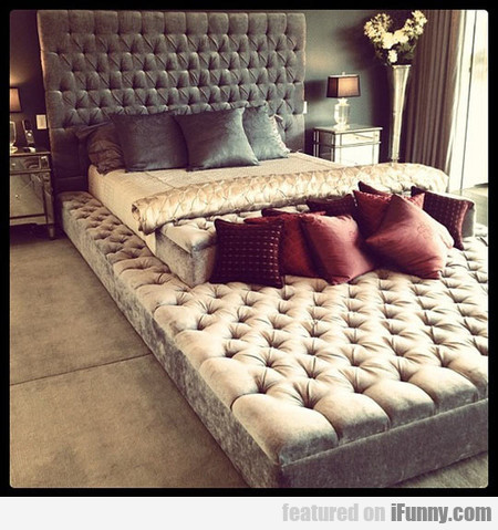 Awesome Eternity Bed For All The Pets And Family