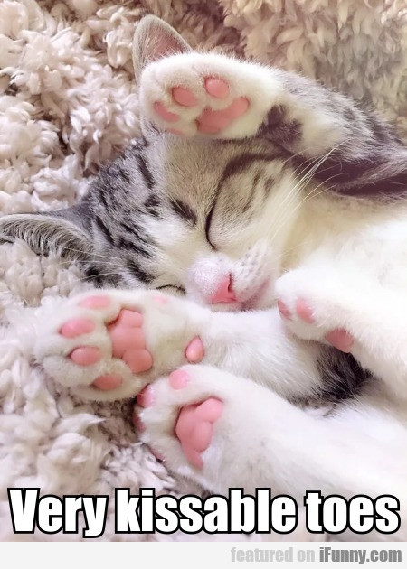 Very Kissable Toes